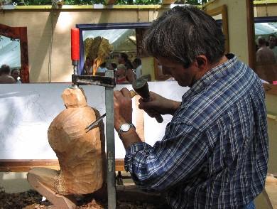 Dominique Glénisson, sculpteur sur bois - 2004