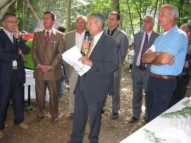 Les officiels pendant l'inauguration de la Fête de la Forêt 2006