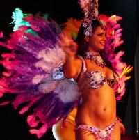 Une des quatre danseuses de la Compania Latina