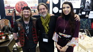 """Jésus, Adelino et Nadia, la gagnante de la saison 2 de """"Cousu Main"""" sur M6. Nadia et Adelino étaient présents à Paucourt lors des 2èmes Journées des Créateurs et des Métiers d'Art les 12 et 13 Novembre 2016"""