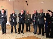 Maires et élus des communes environnantes, corps constitués, responsable de la Maison de la Forêt.